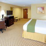 Photo de Holiday Inn Express Hotel & Suites Chestertown