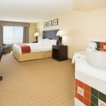 Photo of Holiday Inn Express Hotel & Suites: Denver Tech Center