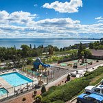 Photo of Edgewater Hotel & Waterpark