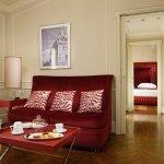 Bargello Suite Living