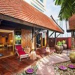 Thai Theme Garden Suite