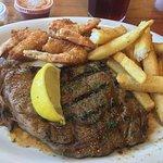 Bilde fra Land & Sea Restaurant