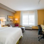 Photo de TownePlace Suites by Marriott Harrisburg Hershey