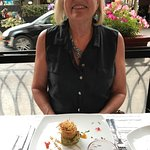 Crab cake with avocado-lime puree
