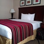Baymont Inn & Suites Anaheim Photo