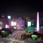 Obelisco de la Ciudad de Buenos Aires, uno de los símbolos turísticos de la ciudad.