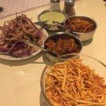 Photo de Samrat Veg Restaurant