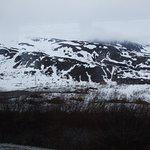 Worthington Glacier - veiws of the surrounding mountains and landscape near the glacier