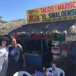 Tacos Y Mariscos El Sinaloense Foto