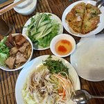 Spring roll with pancake & noodle