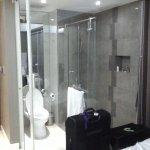 Photo de The Luxe Hotel