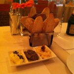 complimentary warm bread with olive tapenade at La Fontana