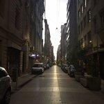 Calle Lavalle hacia el Hotel