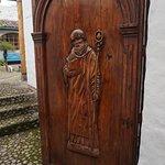 Le monasterio qu'il faut visiter pour admirer ses bas reliefs, sculptures et plus encore