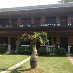 CouCou Bar Hotel & Restaurant