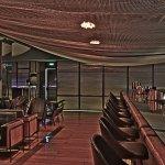 Mesh Bar - bar seating area