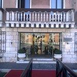 Foto di Sina Palazzo Sant'Angelo