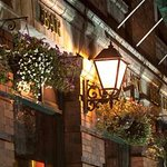 Foto O'Sheas Hotel