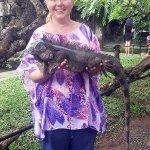В парке рептилий, Бали