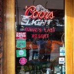 Dave's Last Resort & Raw Bar