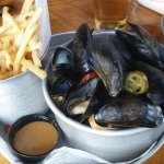 Steam mussels