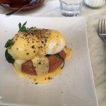 Eggs florentine  YUMMO 😜
