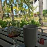 Tea and vanilla rum at the Baracuda Bar.
