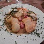 assiette très chaude et les poissons aussi parfait