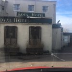 The photos of the royal hotel I stayed in and paid £100 for! Did speak to reception about this,
