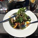 15 € la salade microscopique et insipide... je vous laisse juger !! Une honte !!!