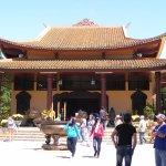 Chính điện của Thiền Viện Trúc Lâm (Tp Đà Lạt).