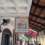 Foto de A Page in the Sun