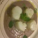trancetto di baccalà su purè di patate viola