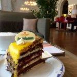 Kaffee und Kuchen bei Klavier-Musik