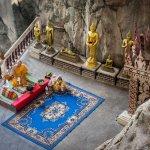 Wat Tham Khao Chakan
