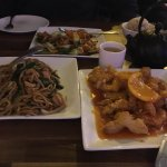 Orange chicken, chicken chow mein, chicken with vegetable(Hunan style)