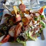 salade au diots, jambon, poulet, reblochon, pommes de terre : un délice !