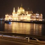 Chain bridge, Parliament Buildings and front of hotel