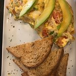 Veggie omelette and breakfast tacos. Very good. Relaxed place. Nice servers.