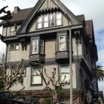Photo de Victorian Home Walk