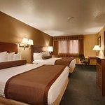 Queen Bed Rooms