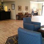 Hotel Lobby at BW Leesburg