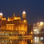 Amazing place where one can actually feel and start understanding Sikhism.