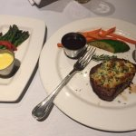 Petite Filet with Asparagus side