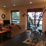 Photo de Arbutus Cove Guesthouse