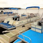 Mainland pier and rental pontoons