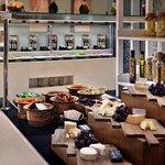 Photo de The Address Dubai Mall