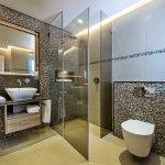 Superior Showeroom - 2 bedroom