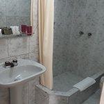 Photo de Embajadores Hotel