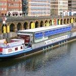 Theaterschiff auf der Weser